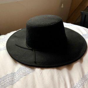 Accessories - Felt Wide Brim Hat